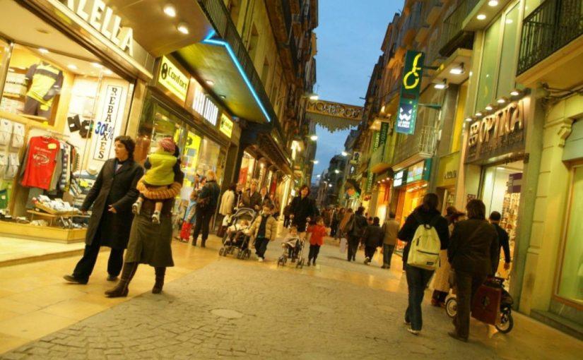 Els comerços de Reus col·laboren amb Parelles Artístiques
