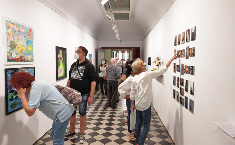 Inaugurada l'exposició de Parelles Artístiques al Casino de Vic