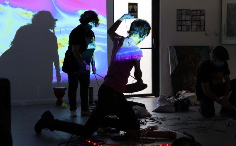 Una inauguració molt creativa a la Fundació Iluro de Mataró